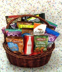 Sensational Basket of 100 (Low) Calorie Snacks ...
