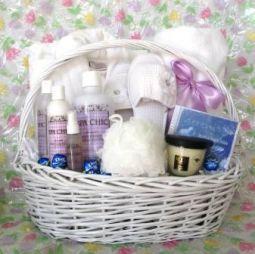 Women sensational gifts for women sensational baskets sensational ultimate spa treatment 250 negle Choice Image